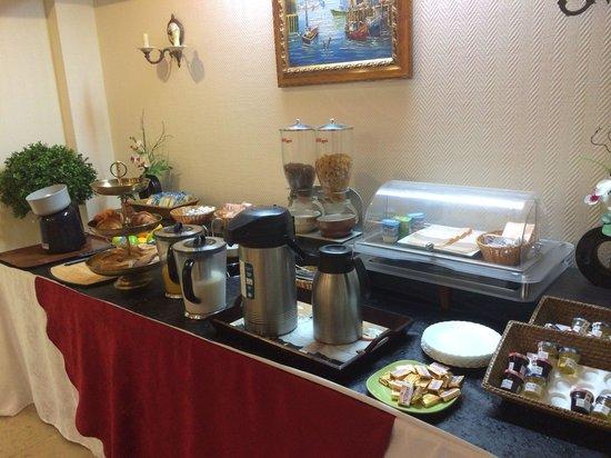 Hotel Vintimille : Tres bon buffet a volonté