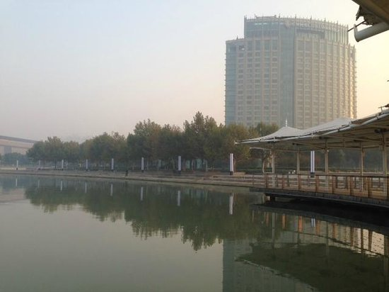 InterContinental Suzhou: view of hotel form the lake