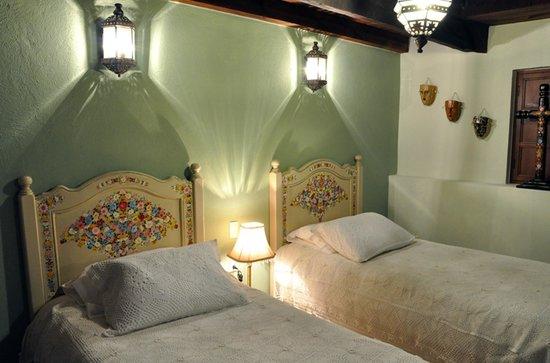 """Casa Santa Lucia : Nuestra preciosa habitación de camas dobles """"Chiapa de Corzo"""""""