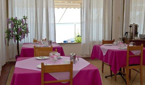 Hotel Solon: Πρωινός χώρος πρωινού