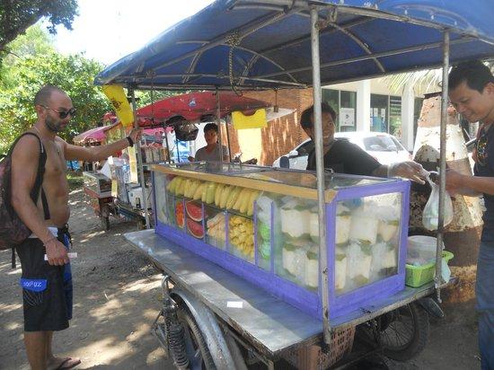 Boomerang Village Resort: kata beach
