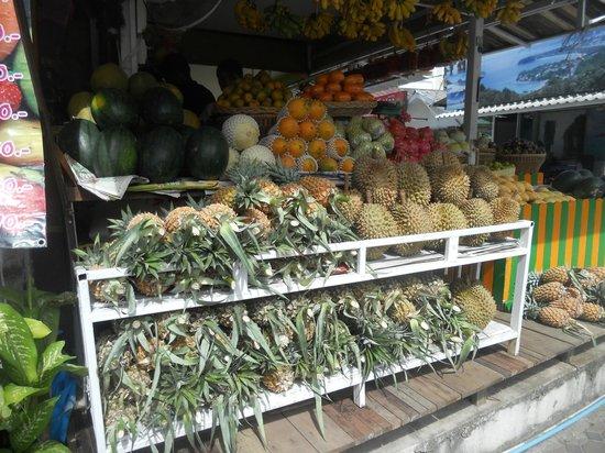 Boomerang Village Resort: kata beach mercato