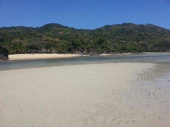 Antoremba - Lodge: promenade en marée basse...