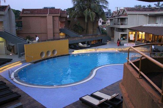 Whispering Palms Beach Resort: Pool