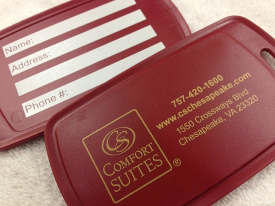 Comfort Suites: Luggage tags