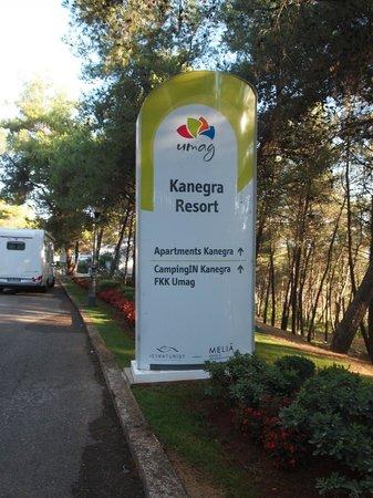 Kanegra Apartments: INGRESSO AL VILLAGGIO