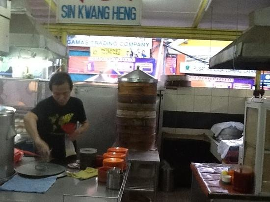 "Open Air Market : the ""famous"" siew mai (pork dim sum) & char siew bhau (roast pork bun), apparently not as good a"