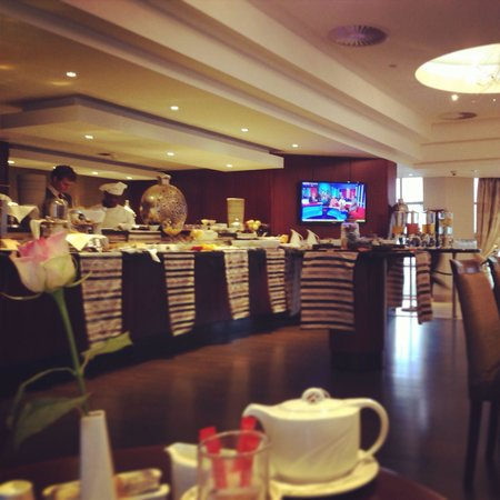 City Lodge Hotel Sandton Morningside: Nice breakfast with a lovely staff