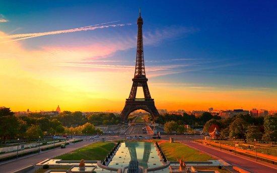 Hidden Paris Walking Tours : Paris