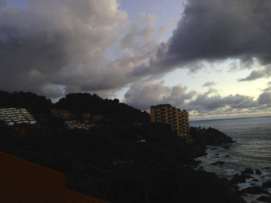 Las Brisas Hotel Collection Ixtapa: Gorgeous sunset