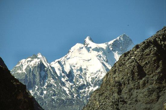 Karakoram Highway: Lungo la strada 4