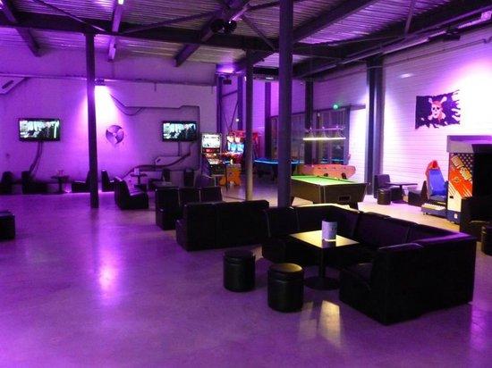 LaserMaxx : Lounge