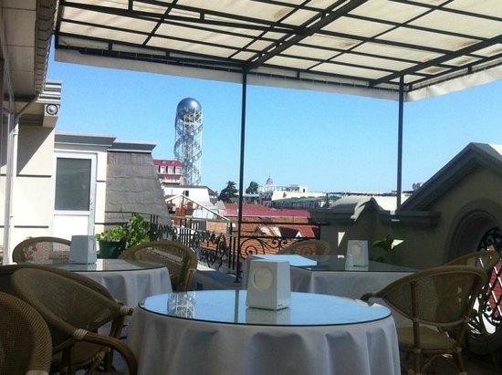 O Galogre : Терраса отеля где завтрак и вкусный кофе