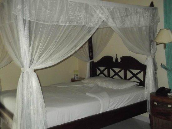Puri Saron Senggigi Beach Hotel : une chambre