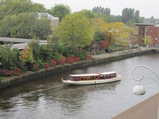 Rederij Aemstelland Private Boat Tours: Jean Schmitz