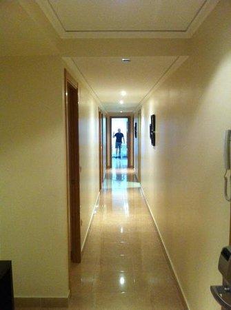 Apartamentos del Mar: the apartment was enormous!