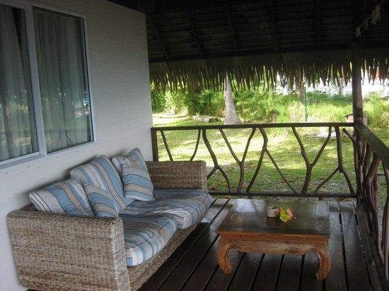 Hotel Raira Lagon : Veranda