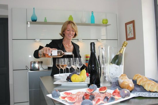 Provence Cultural Tours Day Tours : Wine tasting in Provence
