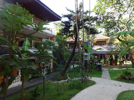 Melasti Kuta Bungalows and Spa : villas