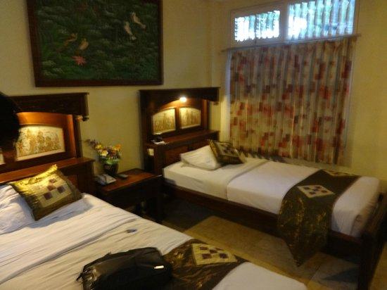 Melasti Kuta Bungalows and Spa : room