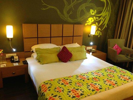 The Beatle - Mumbai: Bedroom