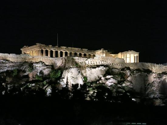 Plaka Hotel: Spectacular view from the rooftop. Absolutely the best in Athens!