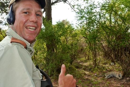 Rattray's on MalaMala: Crocodile Dundee en pleine action...... yes I found it !!!