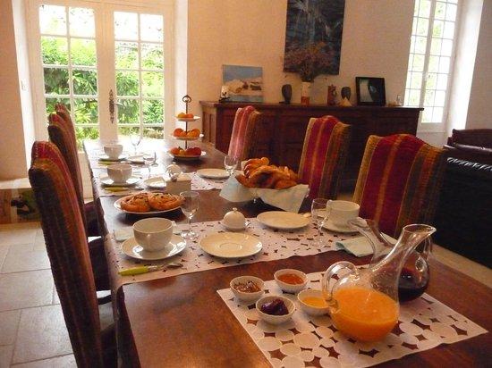La Source Chapelains: table gourmande des petits déjeuners