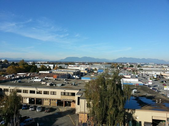 Hilton Vancouver Airport: View from room