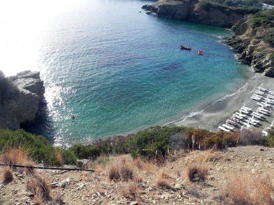 Blue Bay Resort Hotel: пляж Psaromura