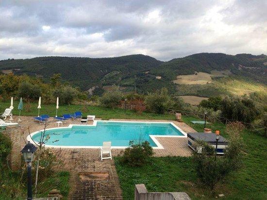 Country House Pro Vobis: piscina