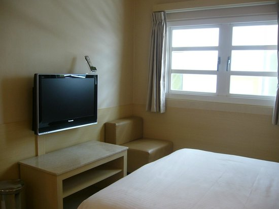 Kindness Hotel - Min Sheng: Bz double Room