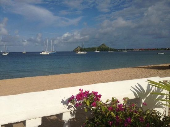 Royal St Lucia Resort and Spa: From the dining area at breakfast time