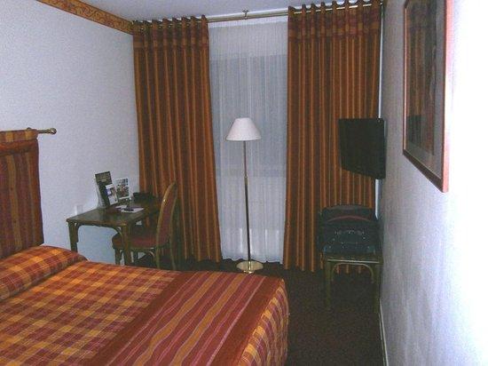 Hotel Axotel Lyon Perrache: Room