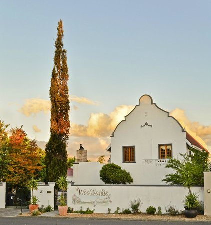 Photo of Woodlands Guest House (B&B) Somerset West