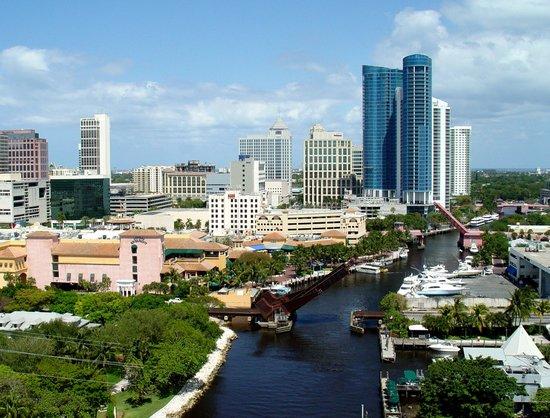 Riverwalk Fort Lauderdale: Downtown FTL and Riverwalk