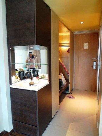 Bintang Kuta Hotel: Kettle in the Room