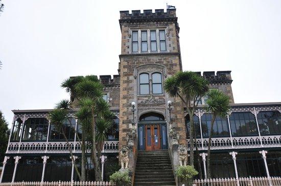 Larnach Castle & Gardens: Larnach Castle