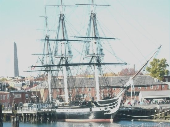 Old Town Trolley Tours: USS Constitution that never lost a battle