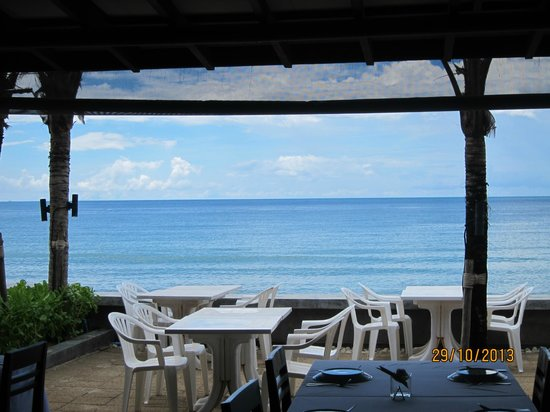 Lotus Restaurant : view of the sea from restaurant