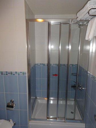 Grand Yavuz Hotel: bathroom