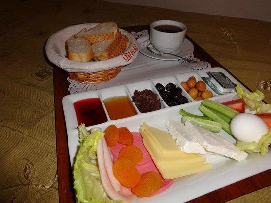 Grand Yavuz Hotel: room service