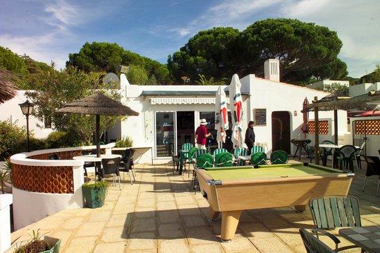 Prado do Golf : Gute Bar mit englischen Eigentuemern