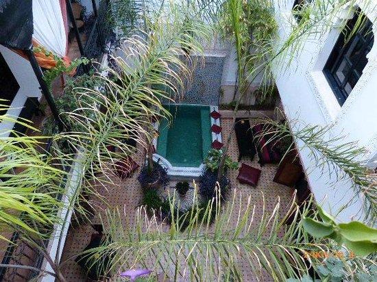 Dar el Souk: The Courtyard
