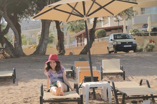 Aphrodite Beach Hotel : at the beach