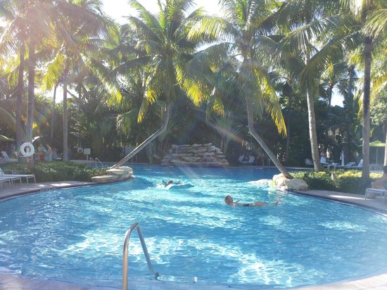 The Inn at Key West : piscina no meio do hotel