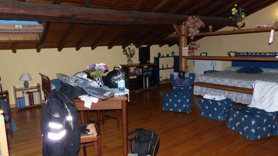 Villa Rosa  Etna Bed & Breakfast : das Zimmer