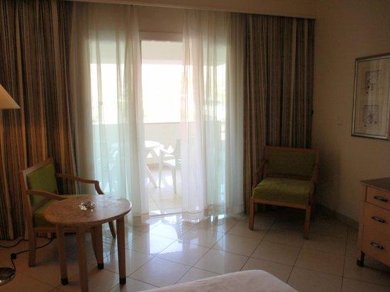 Movenpick Resort Taba Hotel: Комнтата стандарт в отеле Мовенпик
