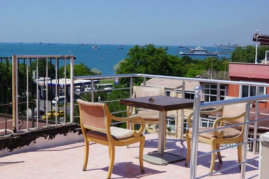 Emma Saray Hotel : Вид на море с террасы