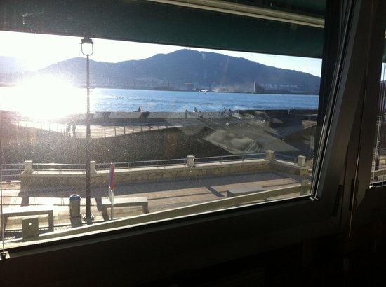Itxas Bide Jatetxea: Magnifiques vistes des de el restaurant....